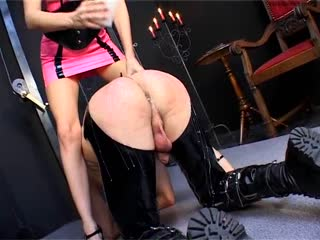 Pity slave ass with  hot wax