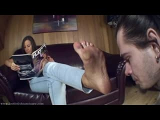 Footdom long haired foot slave