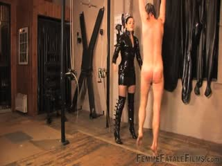 Dishonest slave hang and punished