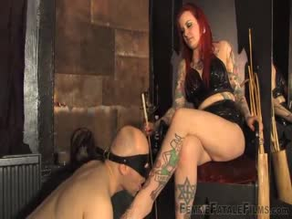 Blind folded foot slave of tatooed red head mistress