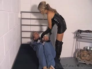 Introductory discipline from a blonde warden