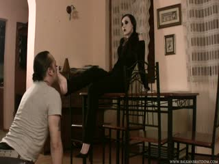 Emo goddess foot worship