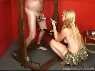 Blonde bitch extracting slaves cum
