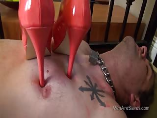Slave will do anything to please his mistress