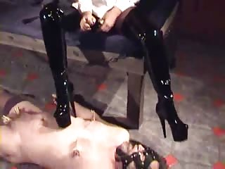 Male slave badly punish
