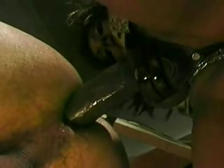 Naughty MILF strapon fucks asshole