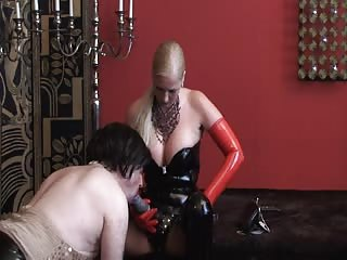 Dirty slave takes hard pegging from evil mistress