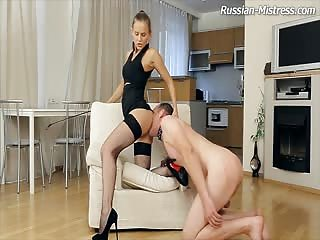 Ass worshiping slave gets pegged