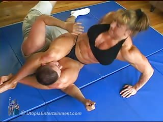Muscle sadistic woman mixed wrestling attack