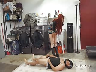He cums in the laundry room