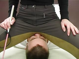 Male slave's facesitting punishment